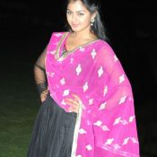 monal-gajjar-latest-stills15