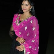monal-gajjar-latest-stills16