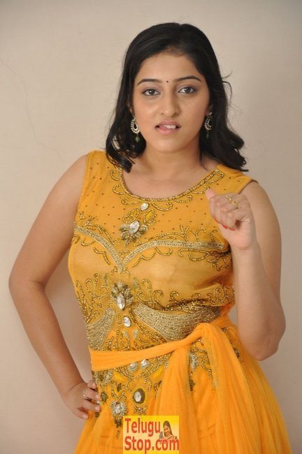 Mouryani new stills