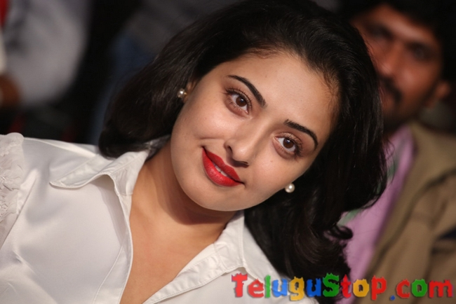Mumtaz new stills- Photos,Spicy Hot Pics,Images,High Resolution WallPapers Download