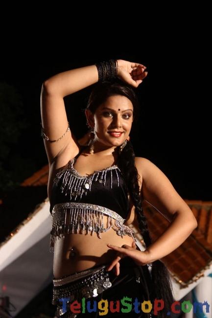 Naakaithe Nachindi Movie Stills-Naakaithe Nachindi Movie Stills--Telugu Actress Hot Photos Naakaithe Nachindi Movie Stills-