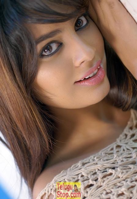 Nandita Swetha New Pics-Nandita Swetha New Pics-
