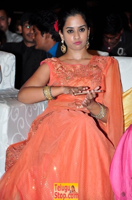 Nanditha raj new gallery- Photos,Spicy Hot Pics,Images,High Resolution WallPapers Download