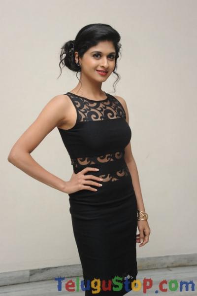 Naveena Latest Stills-Naveena Latest Stills-