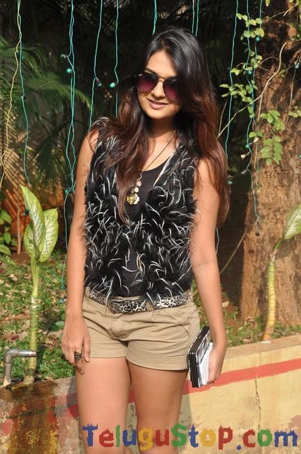 Neha Deshpande New Stills-Neha Deshpande New Stills-