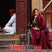 Neha Sharma Hot Pics Still 1 ?>