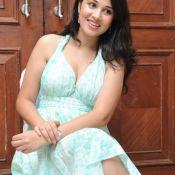nisha-kothari-new-pics11
