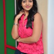 Nithya Shetty New Pics Photo 5 ?>