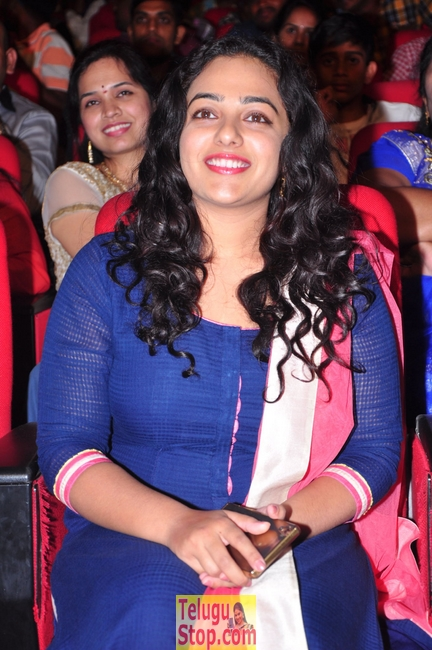 Nitya mennon new pics- Photos,Spicy Hot Pics,Images,High Resolution WallPapers Download