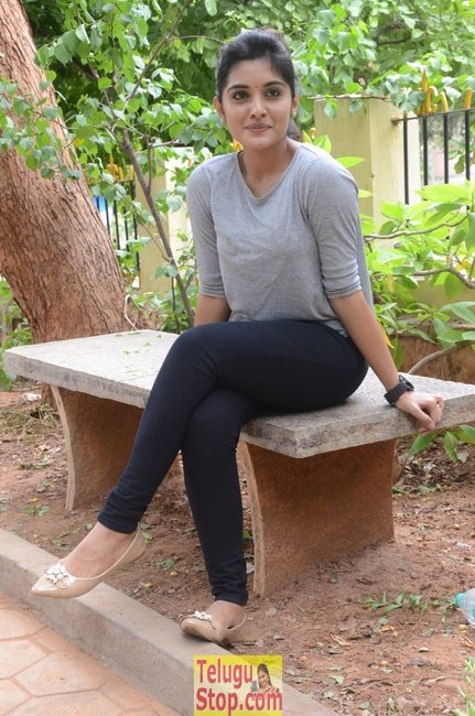 Niveda thomas latest stills- Photos,Spicy Hot Pics,Images,High Resolution WallPapers Download