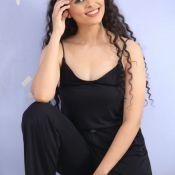 Payal Wadhwa Spicy Photos---పాయల్ వాద్వా లేటెస్ట్ ఫోటో షూట్ Pic 8 ?>