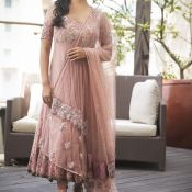 Pooja Kumar New Photo Stills- Photo 5 ?>