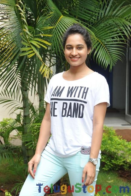 Pooja Ramachandran Stills-Pooja Ramachandran Stills--Telugu Actress Hot Photos Pooja Ramachandran Stills-