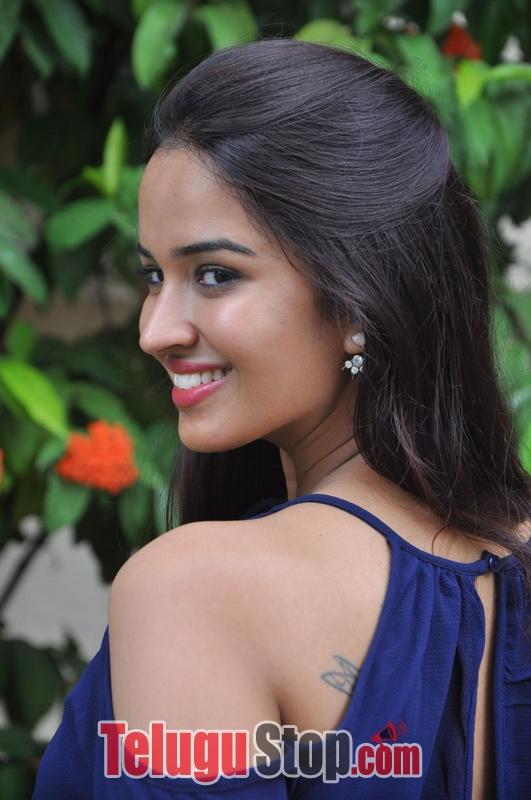 Poojitha Ponnada Stills-Poojitha Ponnada Stills-