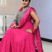poorna-new-stills02
