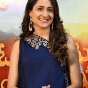 pragya-jaiswal-new-stills5
