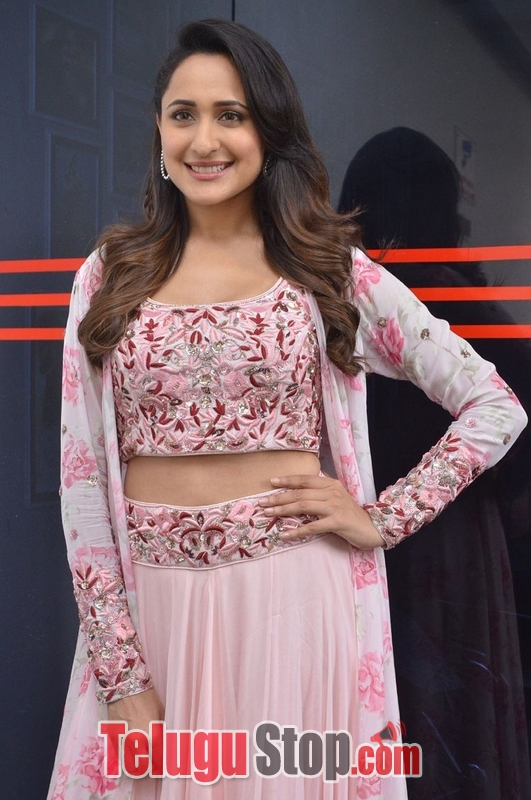 Pragya jaiswal new stills 6- Photos,Spicy Hot Pics,Images,High Resolution WallPapers Download