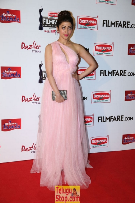 Pranitha latest pics 2- Photos,Spicy Hot Pics,Images,High Resolution WallPapers Download