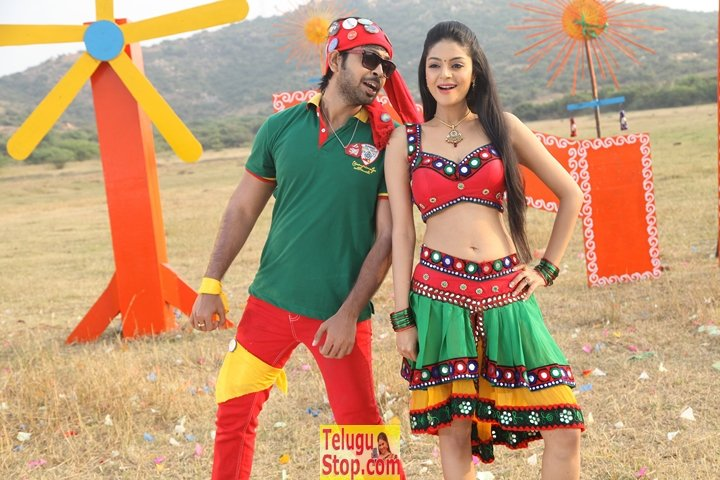 Premikudu movie stills- Photos,Spicy Hot Pics,Images,High Resolution WallPapers Download