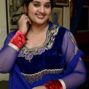 Priya Stills HD 10 ?>