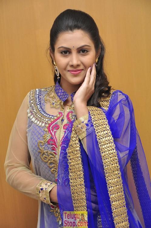 Priyanka Naidu Stills-Priyanka Naidu Stills-