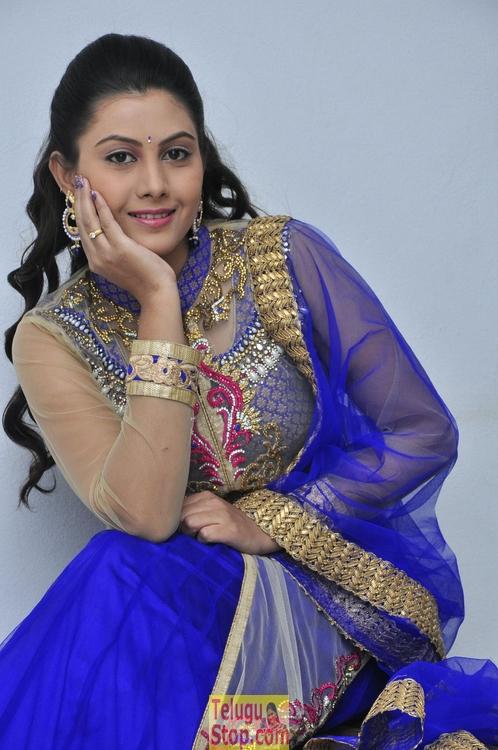 Priyanka naidu stills 2
