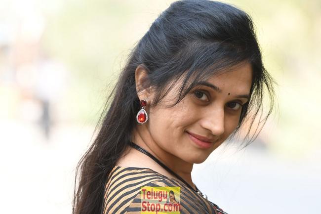 Priyanka Pallavi New Stills-Priyanka Pallavi New Stills-