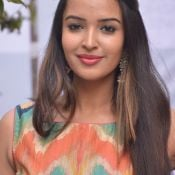 pujitha-ponnada-new-images02