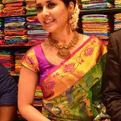 Raashi Khanna New Photos
