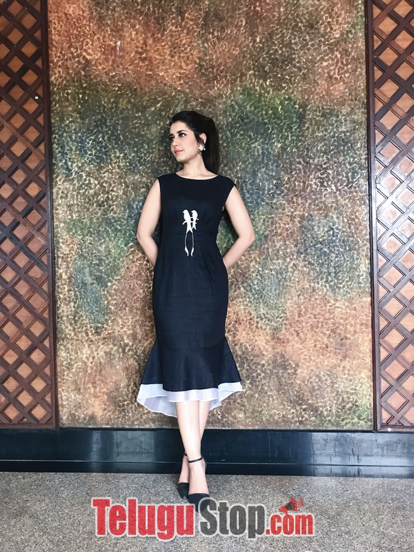 Raashi khanna new pics 2- Photos,Spicy Hot Pics,Images,High Resolution WallPapers Download