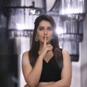 Raashi Khanna New Stills-Raashi Khanna New Stills- Hot 12 ?>
