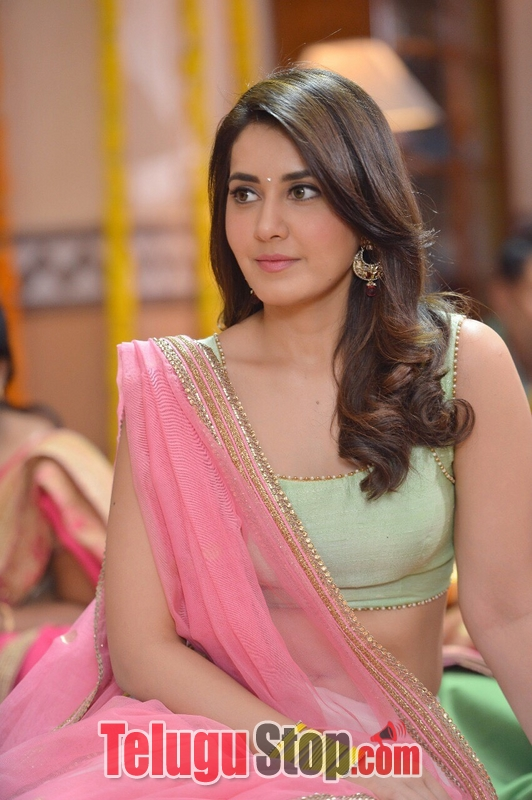 Raashi khanna stills in jai lava kusa- Photos,Spicy Hot Pics,Images,High Resolution WallPapers Download