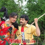 Raavoyi Maa Intiki Movie Stills