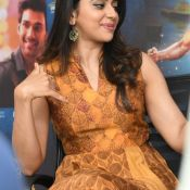 rakul-preet-singh-interview-stills02