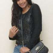 ramya-new-stills09