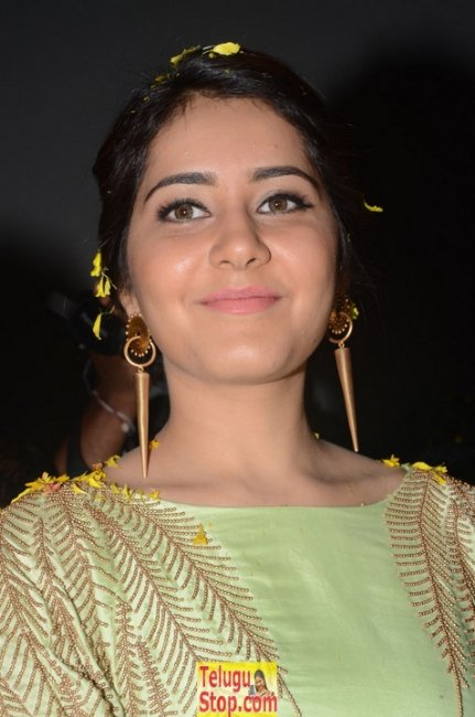 Rashi khanna latest pics- Photos,Spicy Hot Pics,Images,High Resolution WallPapers Download