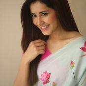 Rashi Khanna Latest Pics---రాశి ఖన్నాలేటెస్ట్ పిక్స్  Pic 6 ?>
