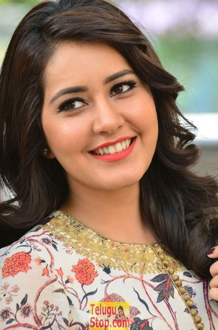 Rashi khanna latest stills 2- Photos,Spicy Hot Pics,Images,High Resolution WallPapers Download