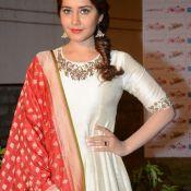 rashi-khanna-latest-stils01
