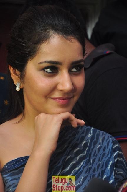 Rashi khanna new pics 6