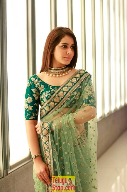 Rashi khanna new stills 3- Photos,Spicy Hot Pics,Images,High Resolution WallPapers Download