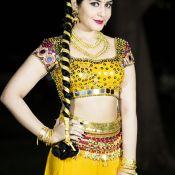 rashi-khanna-new-stills03