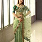 rashi-khanna-new-stills08