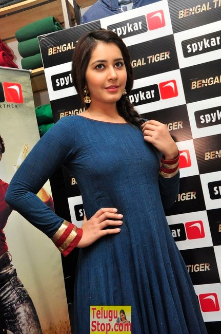 Rashi khanna pics- Photos,Spicy Hot Pics,Images,High Resolution WallPapers Download