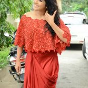 rashmi-gautam-new-stills10