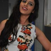 ravneet-kaur-new-stills06