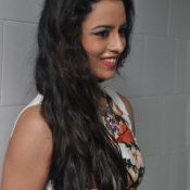 ravneet-kaur-new-stills07