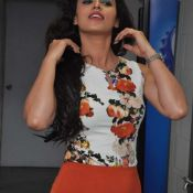 ravneet-kaur-new-stills09