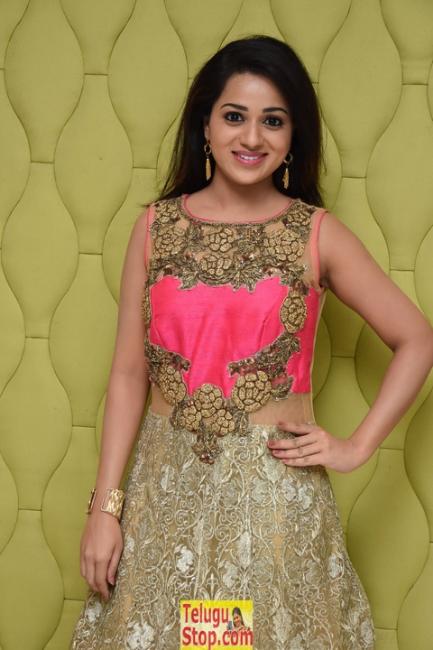Reshma Rathore New Stills-Reshma Rathore New Stills--Telugu Actress Hot Photos Reshma Rathore New Stills-
