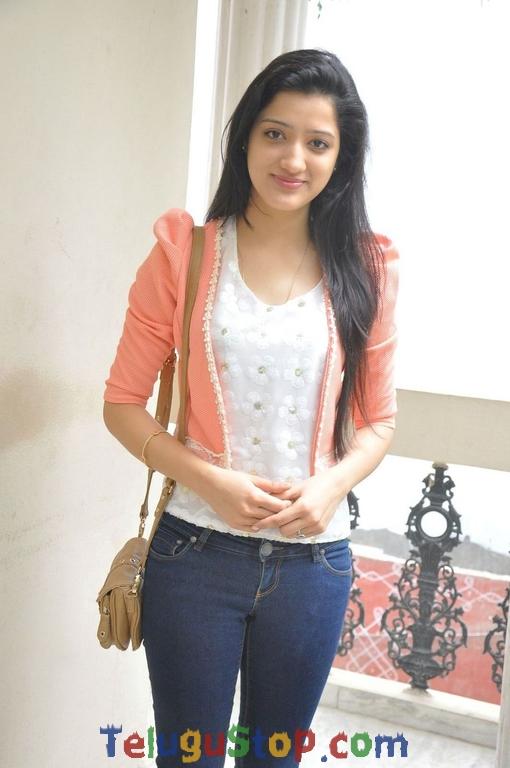 Richa Panai Stills-Richa Panai Stills--Telugu Actress Hot Photos Richa Panai Stills-